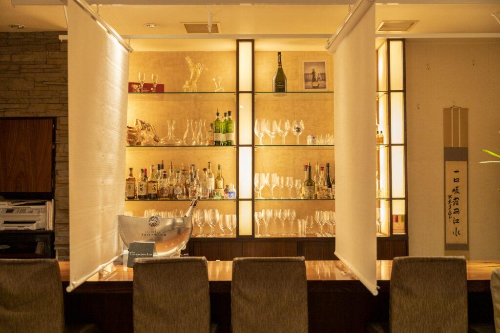 ワインバー&レストラン Rencontre(ランコントル)カウンター席